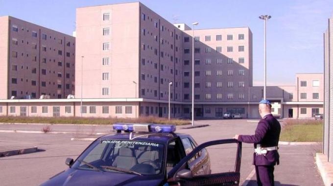 2821275-carcerebollatebis