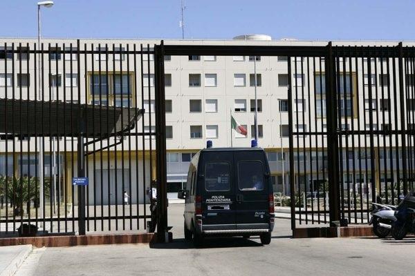 carcere_casa_circondariale_lecce-600x400