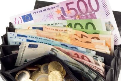 04-tanti-soldi-portafoglio-fotolia-ktgh-672x351ilsole24ore-web